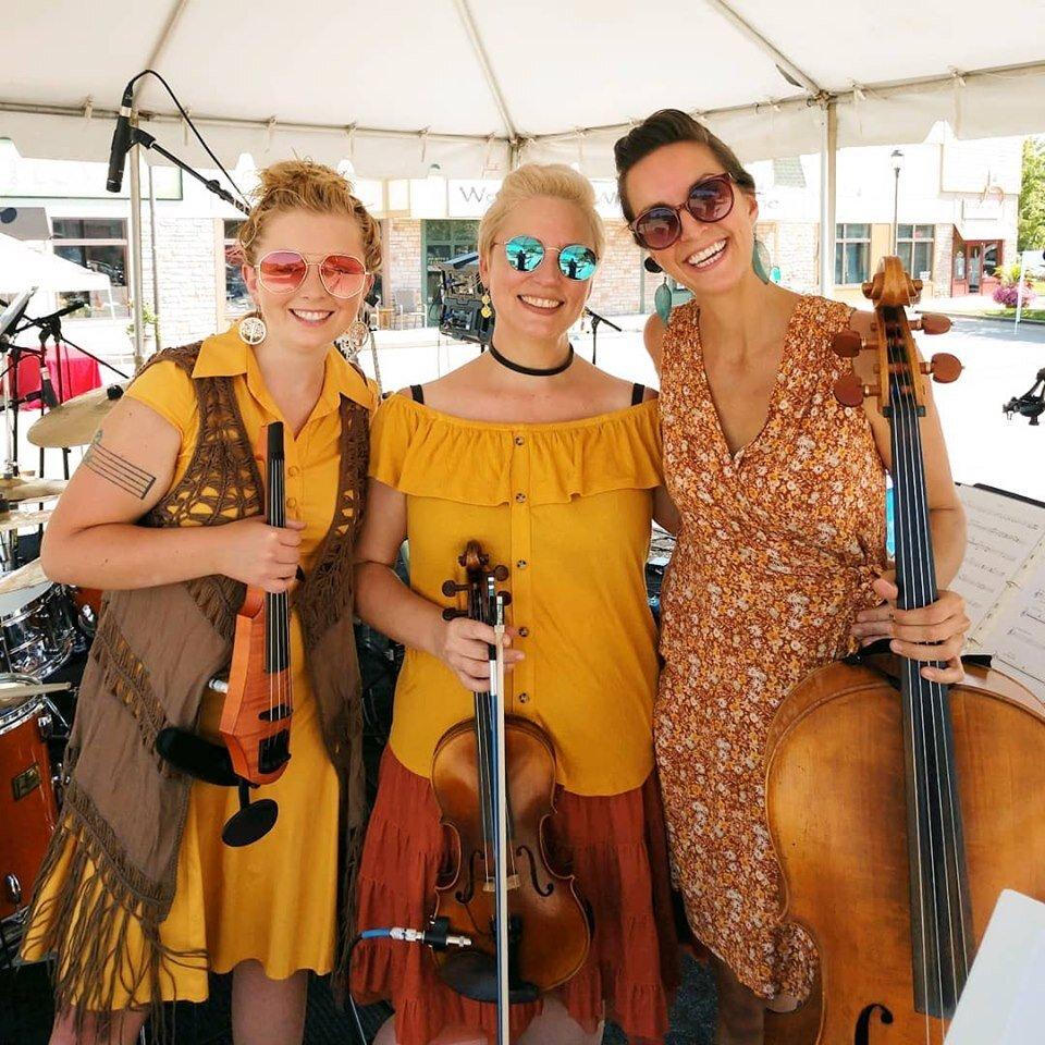 Anna Blanton with CR Violin New Bees Band